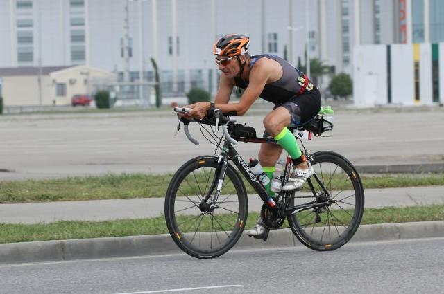 Михаил преодолел на двухколесном друге 180 километров по бездорожью Прованса