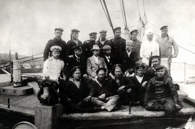 Экипаж яхты «Заря».