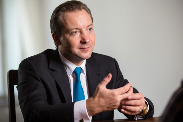 Роман Василенко.