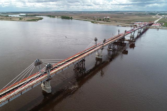 Мост Благовещенск – Хэйхэ, строительство которого было начато ГК СК Мост Руслана Байсарова в 2016 году, состыкован.