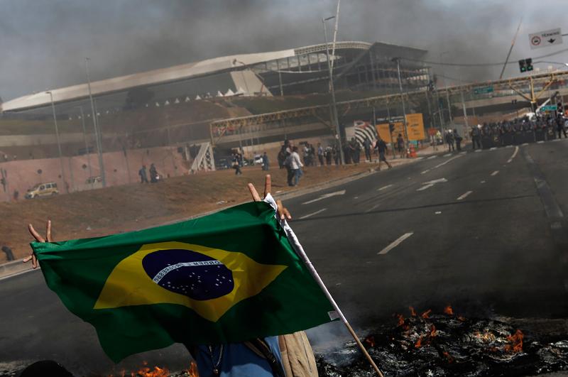 Беспорядкм в Сан-Паулу