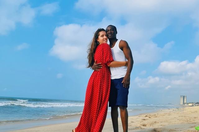 1.Наталья и Франк Сакадо: и в России, и в Гане они как дома, но немножечко в гостях.