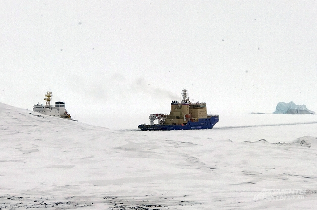 Караван во льдах.