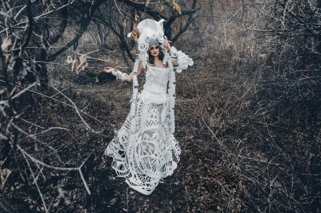 Бумажные платья лишь кажутся хрупкими.