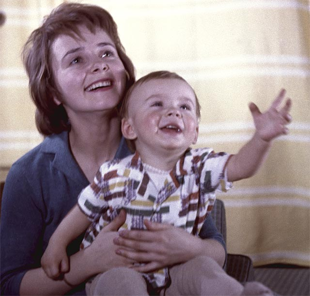 Людмила Крылова с сыном Антоном.
