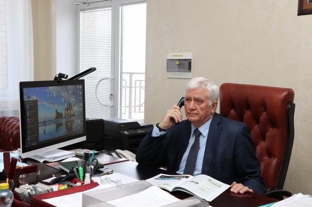 С 2014 года хозяйство возглавляет Владимир Товстяк.