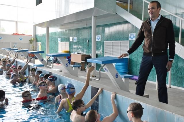 Михаил Игнатьев: «Теперь наше подрастающее поколение сможет заниматься плаванием бесплатно».