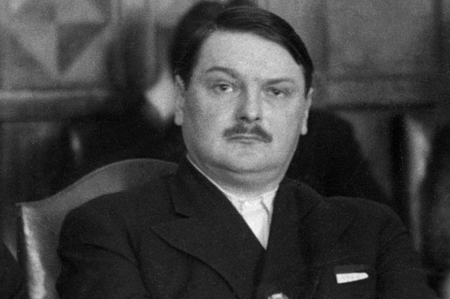 Cоветский государственный и партийный деятель Андрей Жданов. 1937 год
