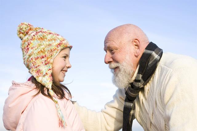 Девочка и дедушка