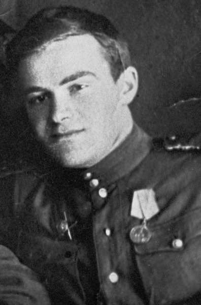 Писатель Даниил Гранин во время Великой Отечественной войны был танкистом