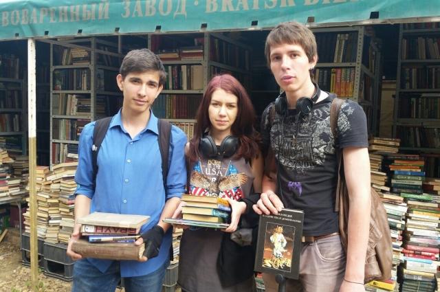 Все больше иркутян приходят сюда, чтобы найти интересные книги.