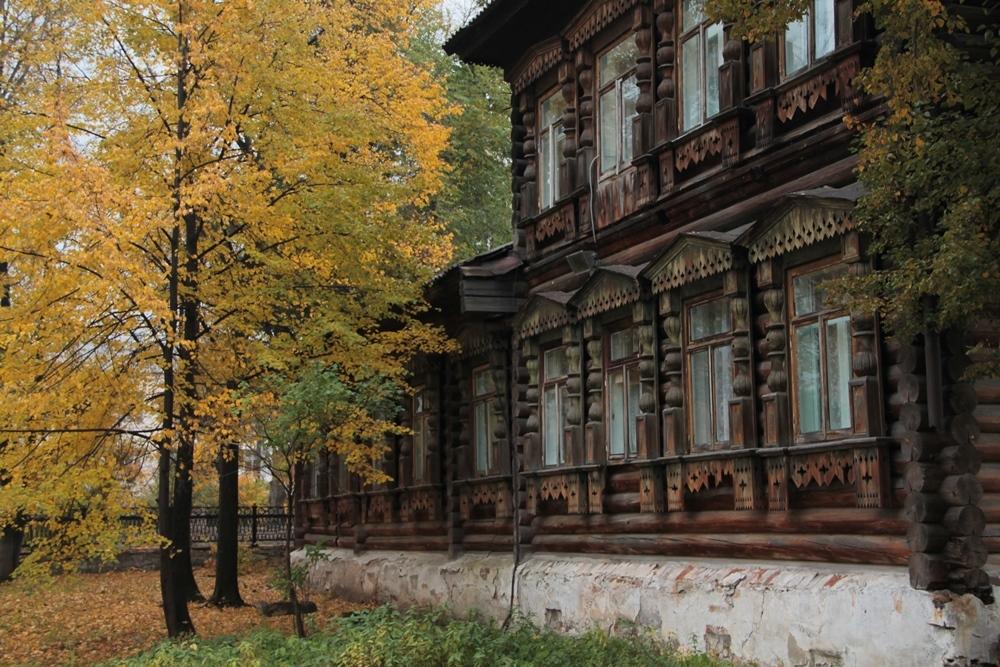 Дом Дружинина напоминает сказочный терем.