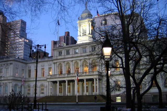 Место заседаний Городского совета Нью-Йорка.