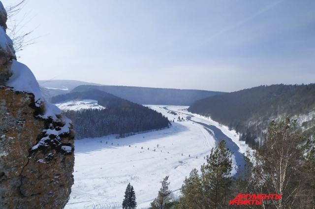 Зимой Серый камень привлекает отсутствием толп туристов.