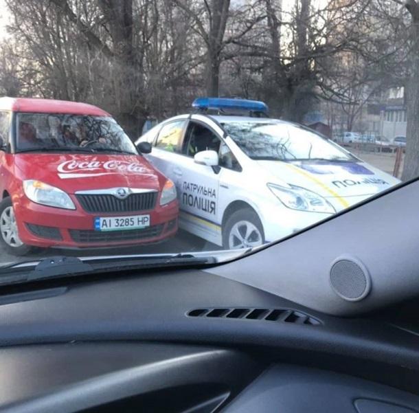 В Николаеве утром произошло сразу два ДТП с патрульными Toyota Prius.
