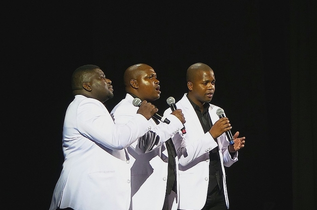 Тенора Южной Африки, ЮАР и Лесото, исполнят песни на чувашском языке