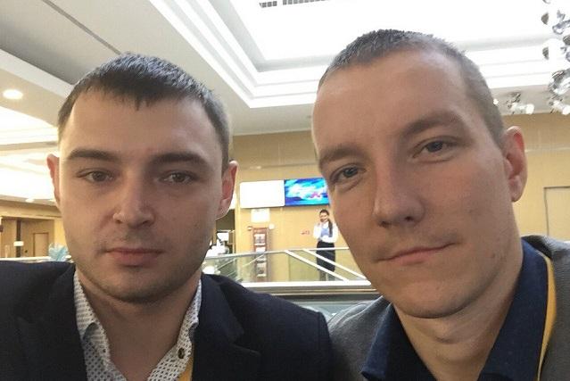 Тележурналист Александр Маркеев, телеоператор Антон Комаров