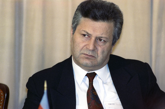 Аяз Муталибов.