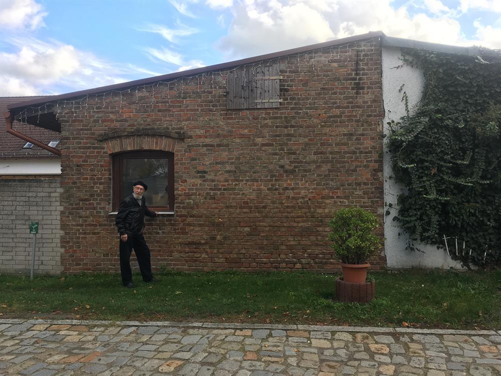 Александр Малов у того самого бункера.