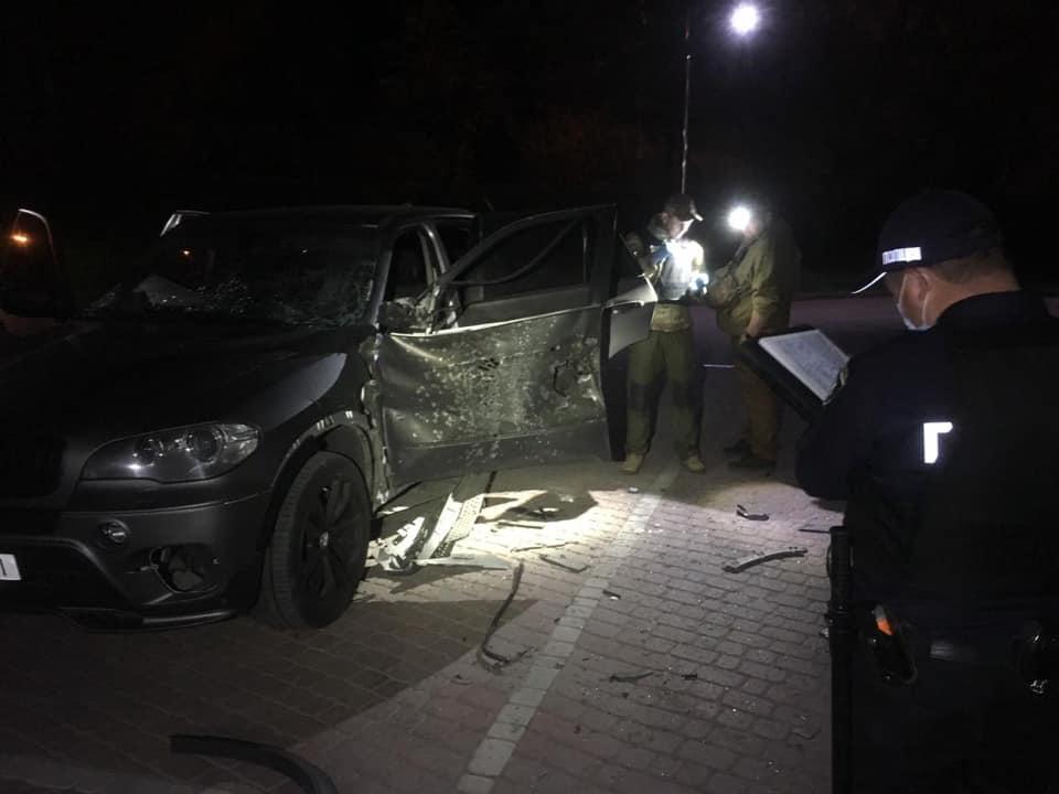 Фото с места обстрела автомобиля