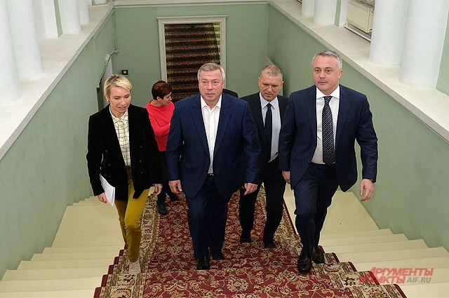 Голубев побывал в редакции «Аргументов и Фактов», встретившись с руководством федерального издания и ведущими журналистами.