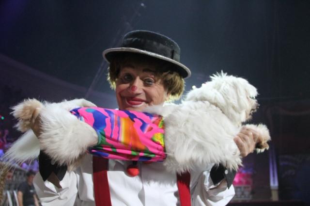 Добрейший клоун Май с непременной собачкой - из советского детства.
