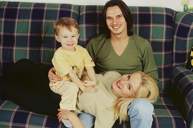 Влад Сташевский с женой Ольгой и сыном Даниилом. 2008 г.