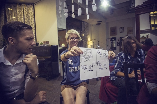 На мастер-классе по созданию веб-комиксов. Ведущие Валерий Покотилов и Валерия Яхно