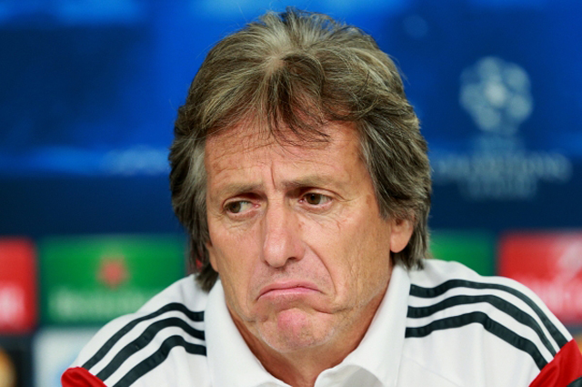 Жорже Жезуш опечален, ведь почти половина игроков основного состава покинула его клуб