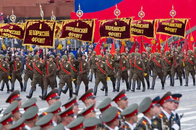 Участники генеральной репетиции парада Победы на Красной площади