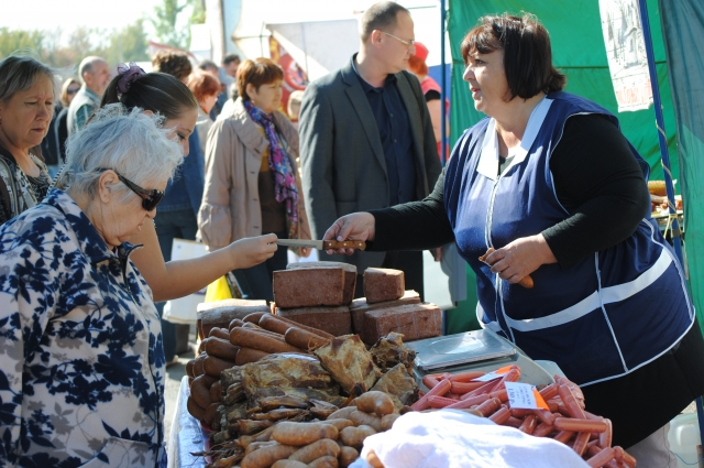 Многие продавцы с удовольствием предлагали свою продукцию для дегустации.
