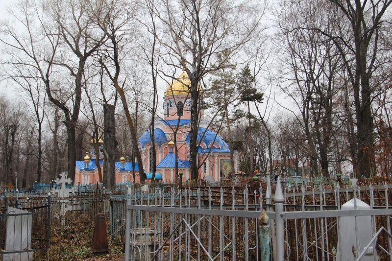 Воскресенская церковь на территории некрополя стала памятником федерального значения, а сам некрополь должен стать достойным обрамлением для этой жемчужины архитектуры.