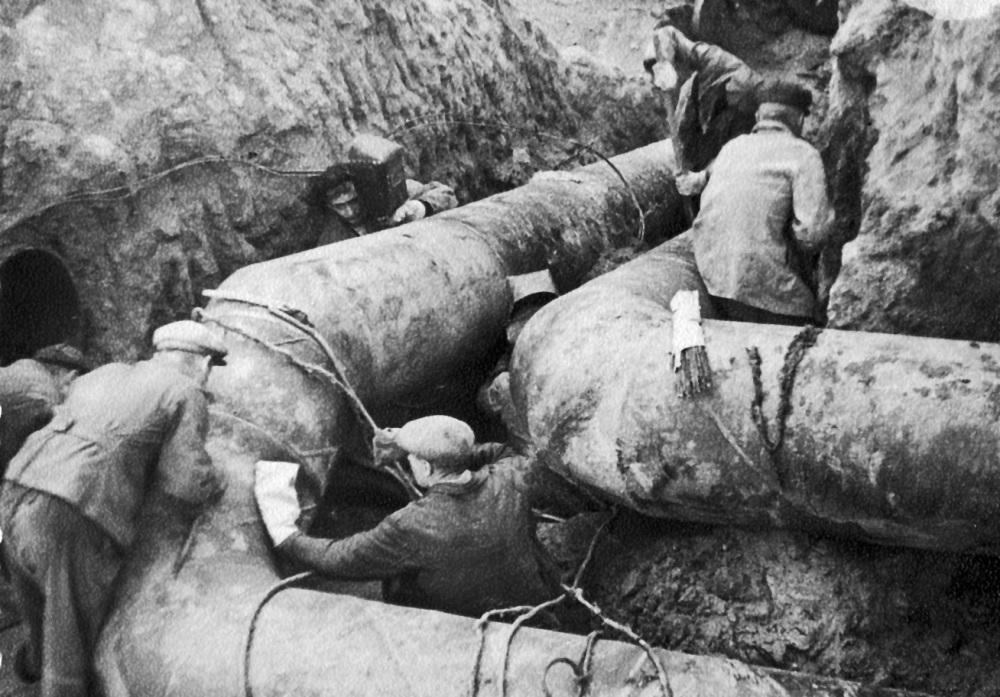 Ремонт водопровода всегда был хлопотным делом.