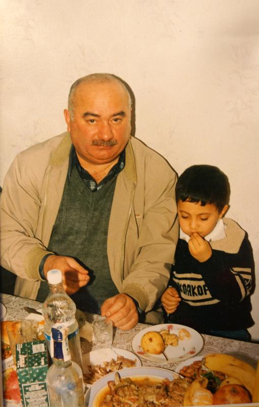 В начале 2000-х, к удивлению мужчины, на пороге его квартиры в Перми появилась жена вместе с маленьким сыном
