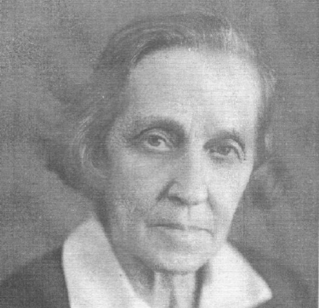 Александра Анисимова проявила себя в литературе, живописи, рукоделии, ткачестве и гончарном мастерстве.
