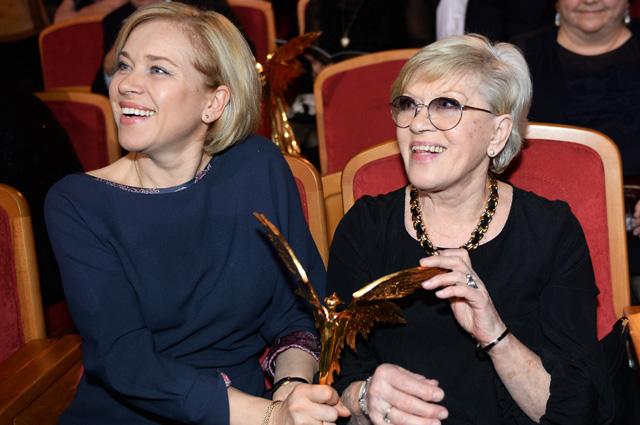 Актриса Алиса Фрейндлих, получившая специальный приз «За Честь и достоинство» имени Эльдара Рязанова, на XXIX церемонии вручения Национальной кинематографической премии «НИКА»