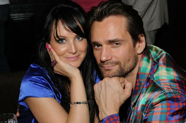 Дмитрий Миллер с супругой.