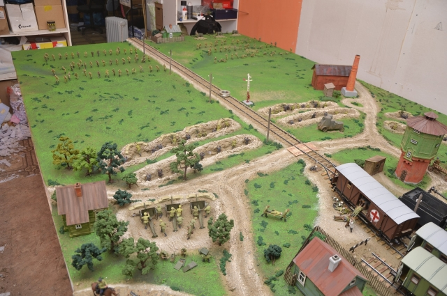 На диораме скрупулёзно воспроизведены позиции участников боя.