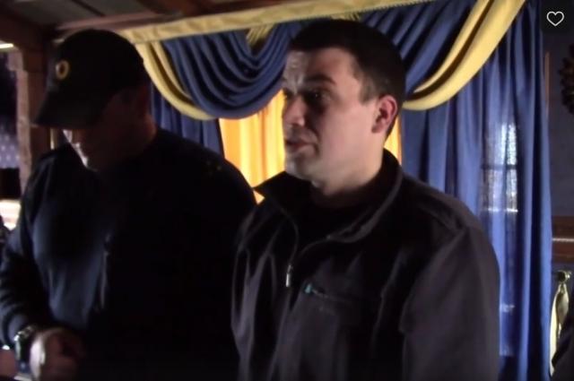 Александр Агеев на следственном эксперименте в Твери. Август 2019 года.
