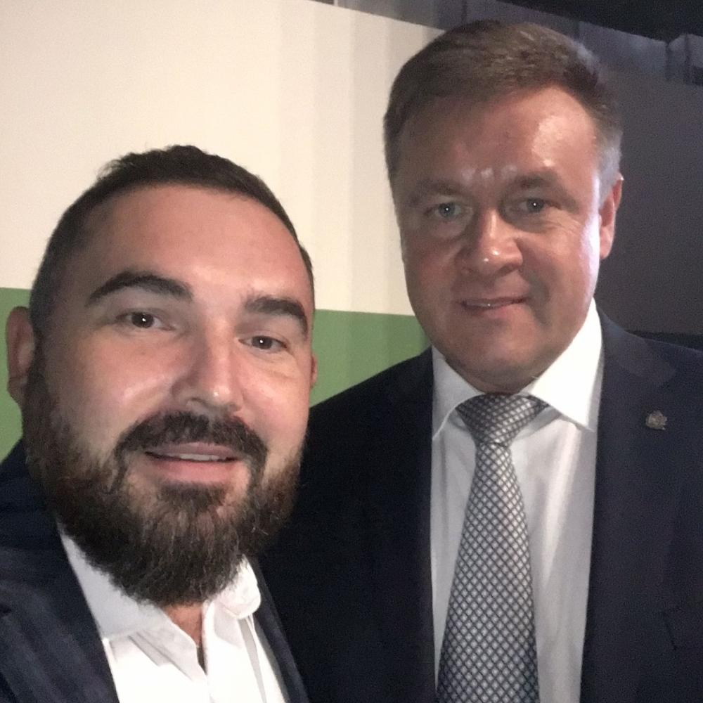 Губернатор Рязанской области Николай Любимов и глава бизнес-холдинга Владислав Костицын