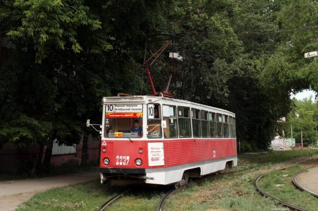 Трамвай № 10. Улица 1-я Беговая.