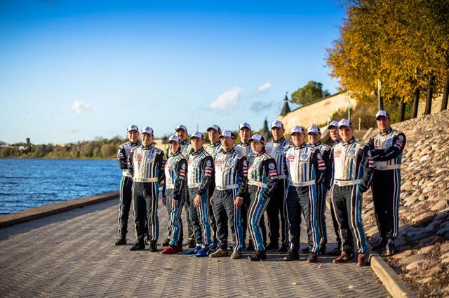 В финальном этапе КР приняли участие 9 экипажей VW POLO CUP.