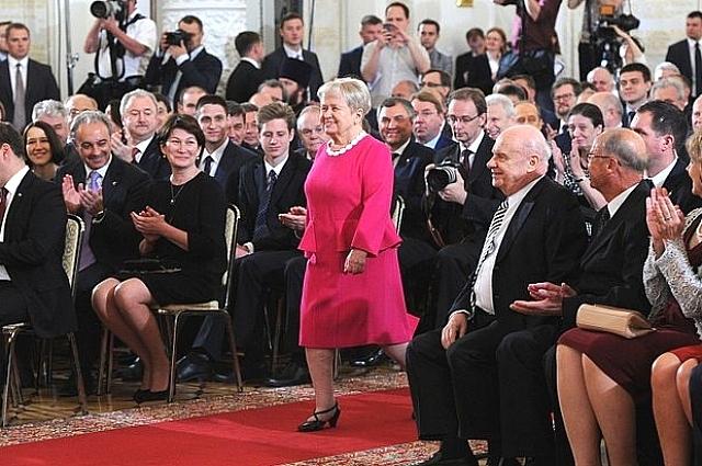 Александра Пахмутова на церемонии вручения Государственных премий России, 12 июня 2015 года.