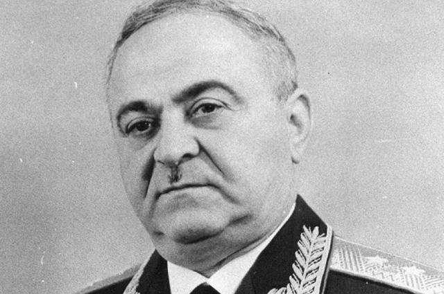 Василий Мжаванадзе.