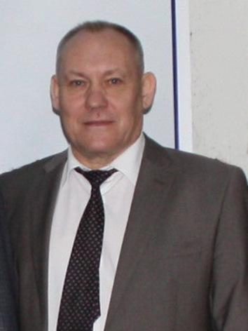 Анатолий Ухвачев