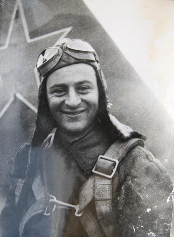 Нельсон Степанян в 1944 году