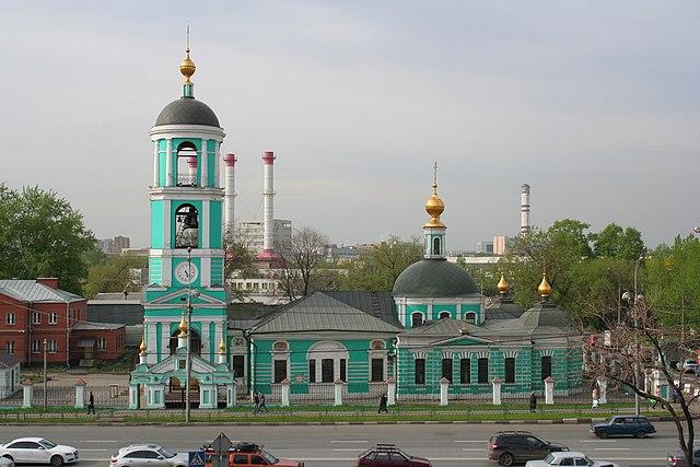 Храм Живоначальной Троицы в Карачарове.