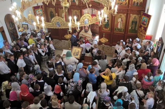 1 сентября начинается в храме – с исповеди и причастия.