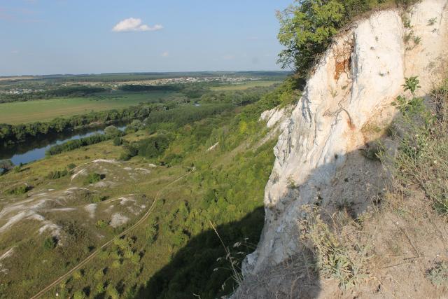 Долина Дона с высоты меловых гор у села Сторожевое-1