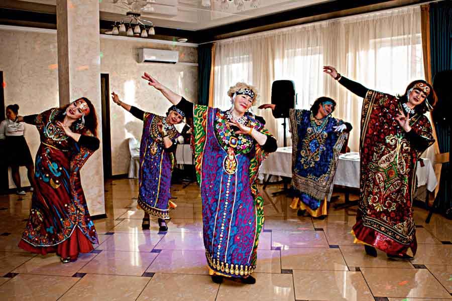 Женщины признаются: танец наполнил их жизни яркими красками.